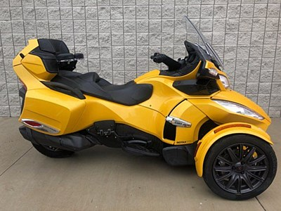 Used 2013 Can-Am Spyder RT-S SE5