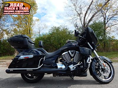 Used 2016 Victory Cross Country Tour®