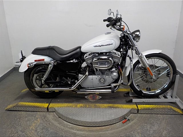 Photo of a 2006 Harley-Davidson® XL883H Sportster® 883 Hugger™