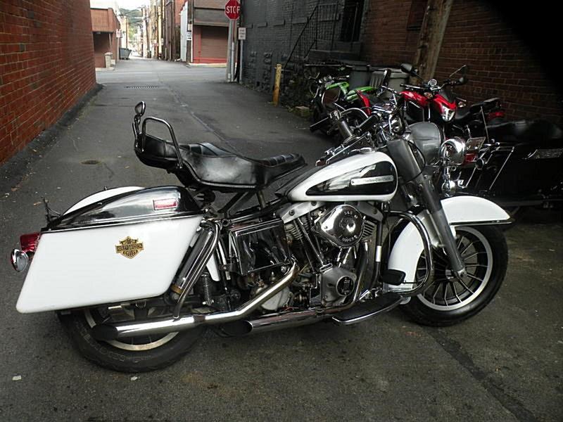 Photo of a 1977 Harley-Davidson® FLH Electra Glide® 1200