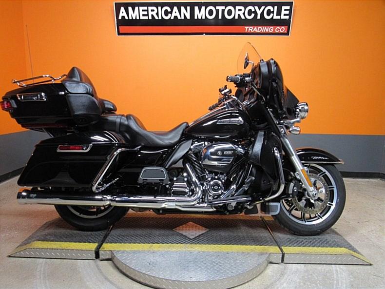 Photo of a 2018 Harley-Davidson® FLHTCU Electra Glide® Ultra Classic®