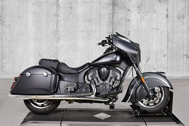 Photo of a 2017 Indian® Motorcycle  Chieftain®