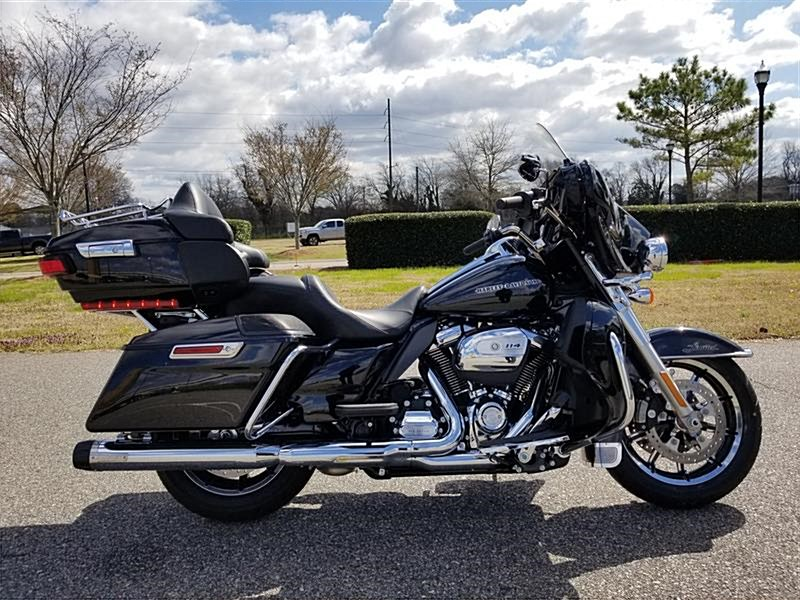 Photo of a 2019 Harley-Davidson® FLHTK	 Electra Glide® Ultra® Limited