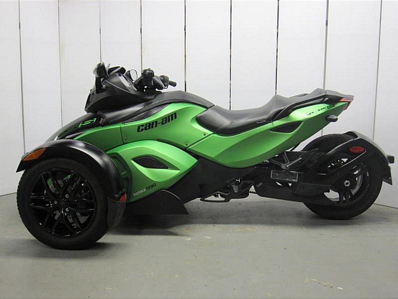 Photo of a 2012 Can-Am  Spyder RS-S