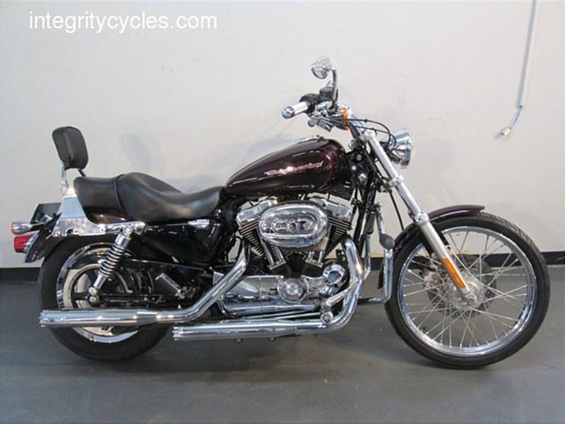 Photo of a 2007 Harley-Davidson® XL1200C Sportster® 1200 Custom