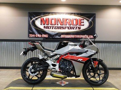 Used 2017 Hyosung GD250R