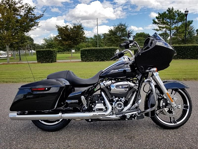 Photo of a 2019 Harley-Davidson® FLTRX Road Glide®