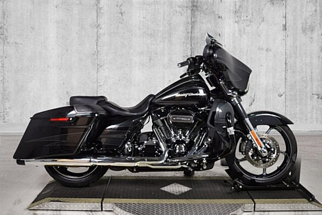 Photo of a 2017 Harley-Davidson® FLHXSE CVO™ Street Glide®