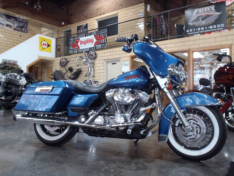 2005 Harley Davidson® FLHT/I Electra Glide® Standard ...