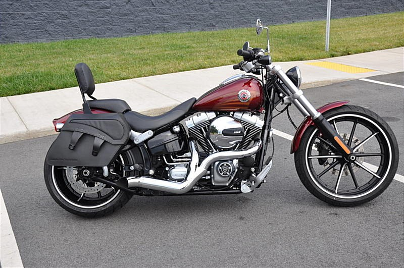 Photo of a 2016 Harley-Davidson® FXSB Softail® Breakout™