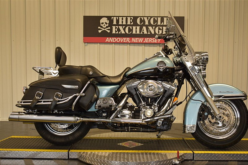 Photo of a 2008 Harley-Davidson® FLHRC/I Road King® Classic