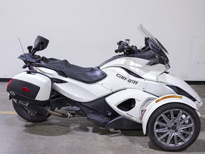 Used 2013 Can-Am Spyder ST Limited