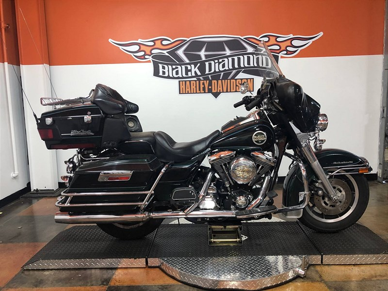 Photo of a 1996 Harley-Davidson® FLHTCU Electra Glide® Ultra Classic®