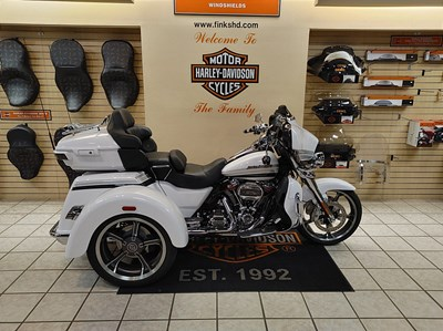 Used 2020 Harley-Davidson® CVO Tri Glide® Ultra