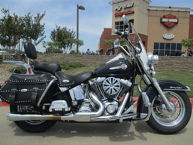Photo of a 2004 Harley-Davidson® FLSTC/I Heritage Softail® Classic