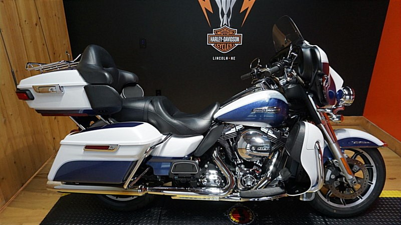 Photo of a 2015 Harley-Davidson® FLHTCU Electra Glide® Ultra Classic®