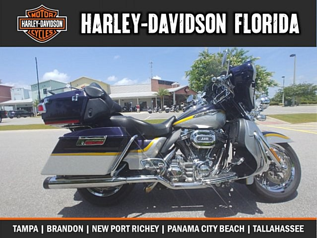 Photo of a 2012 Harley-Davidson® FLHXSE3 CVO™ Street Glide®