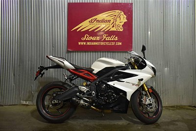 Used 2015 Triumph Daytona 675R ABS