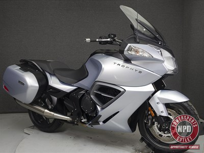 Used 2014 Triumph Trophy SE