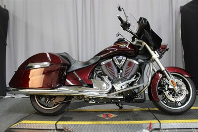 Used 2010 Victory Cross Roads®