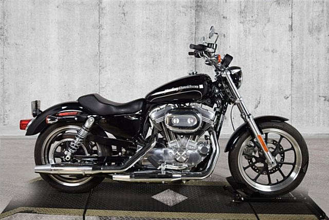 Photo of a 2016 Harley-Davidson® XL883L Sportster® SuperLow®