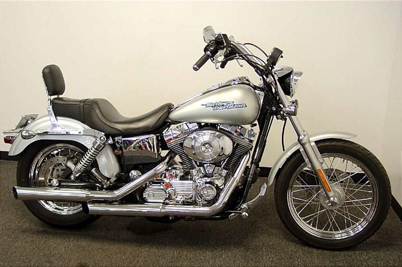 Photo of a 2005 Harley-Davidson® FXD/I Dyna® Super Glide®