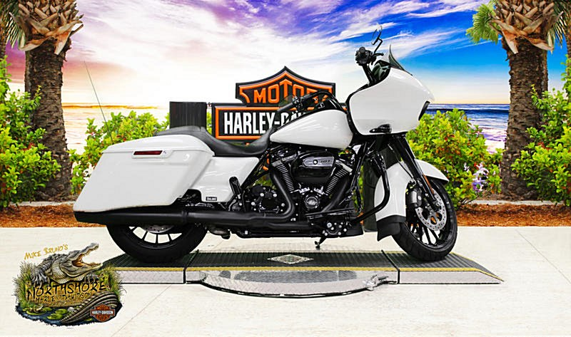 Photo of a 2018 Harley-Davidson® FLTRXS Road Glide® Special