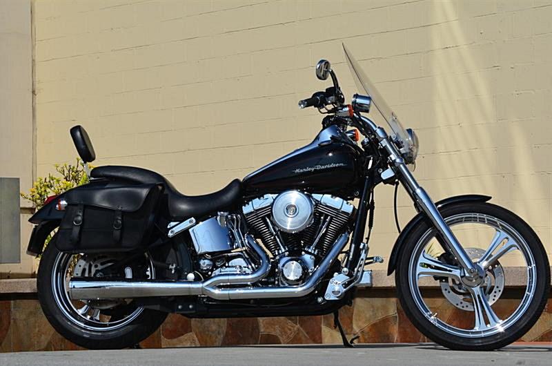Photo of a 2001 Harley-Davidson® FXSTD/I Softail® Deuce™