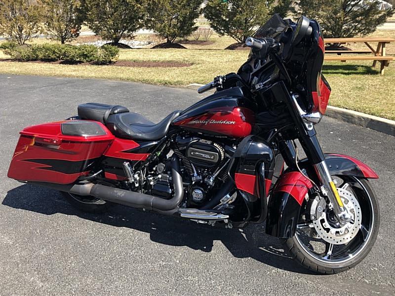Photo of a 2017 Harley-Davidson® FLHXSE CVO™ Street Glide®