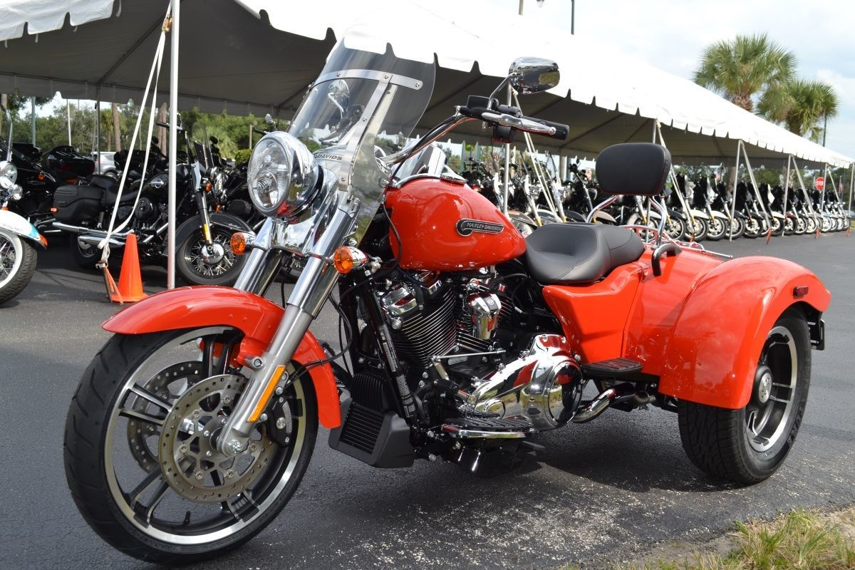 2020 Harley-Davidson® FLRT Freewheeler® (Performance ...