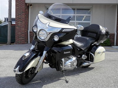 New 2017 Indian® Roadmaster™