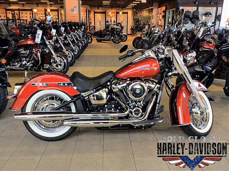 Photo of a 2018 Harley-Davidson® FLDE Softail® Deluxe