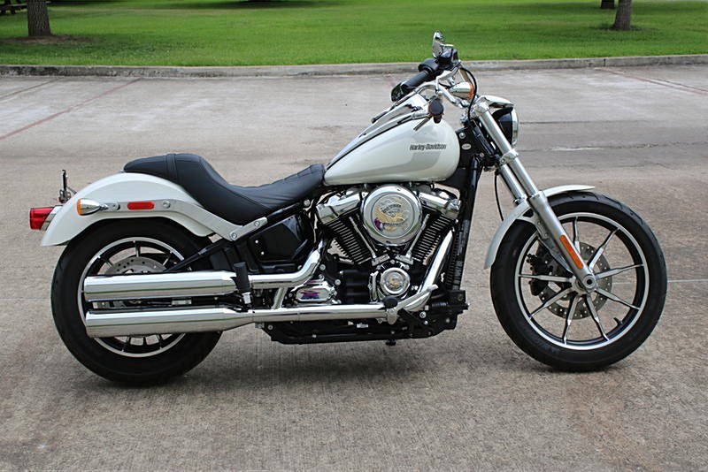 Photo of a 2018 Harley-Davidson® FXLR Softail® Low Rider®